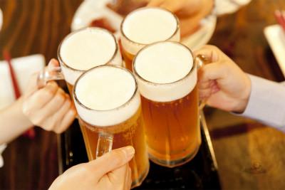 ビール 飲み放題30分延長サービス コンパニオン宴会.com
