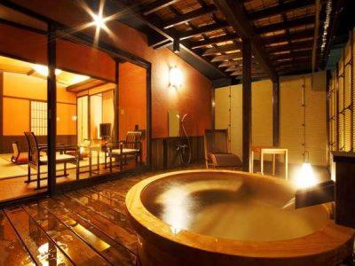 すみよし館 コンパニオン宴会+露天風呂付客室