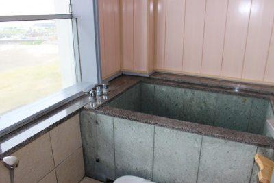 鴨川ユニバース605号室